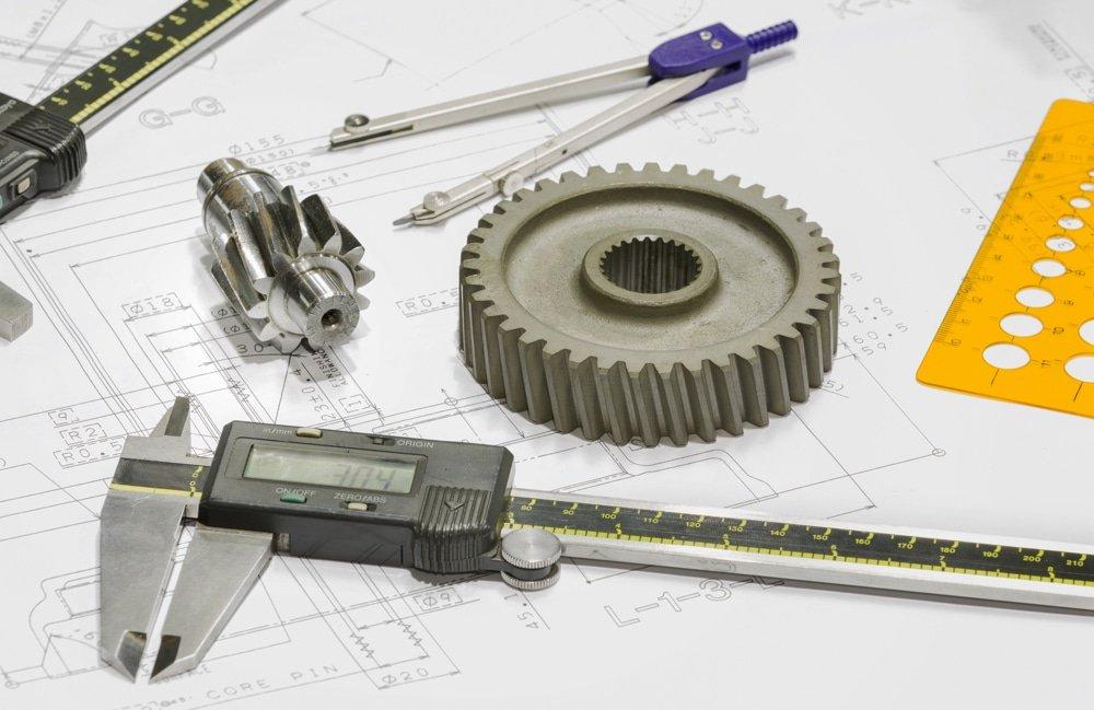 métier de la fabrication mécanique exemple de pièces et outils