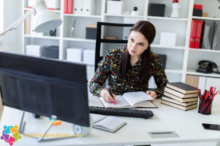 devenir-secretaire-Comment-etre-une-bonne-secretaire-de-direction-4